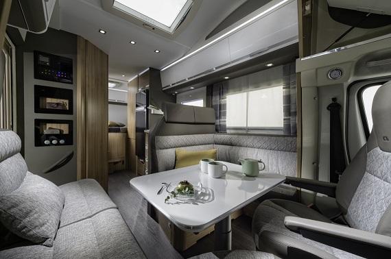 adria coral xl 670 sl plus caravan wiedemann wohnmobil. Black Bedroom Furniture Sets. Home Design Ideas